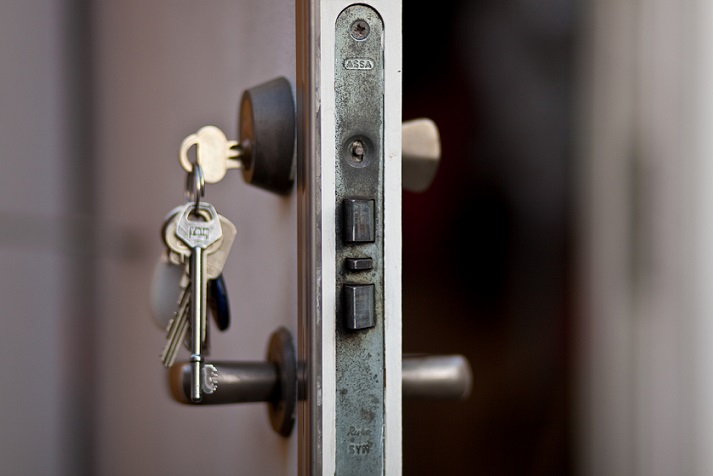 Change the locks when moving in